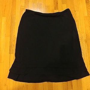 Black context skirt